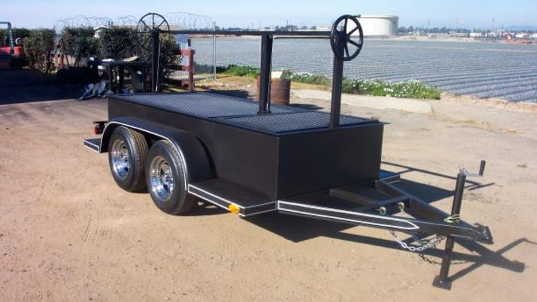 Picture of a 4x8 BBQ Tow