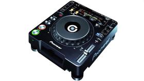 Image of a Pioneer CDJ-1000MK3 CD Player