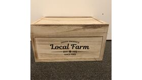 "Image of a ""Local Farm"" Card Box"