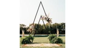 Image of a Boho Triangle Frame - XL