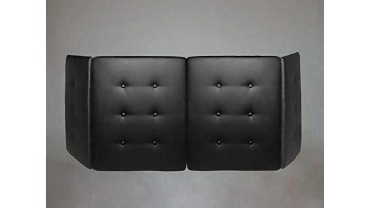 Picture of a Black Plush Facade