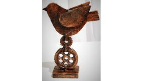 "Image of a 7"" Steampunk Bird Centerpiece"
