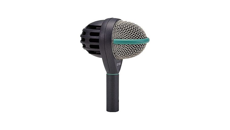 Picture of a AKG D112