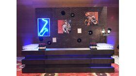 Image of a Alibi Double Bar Surround