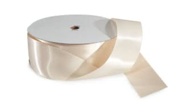Picture of a 1 & 1/2 Inch Ivory Ribbon