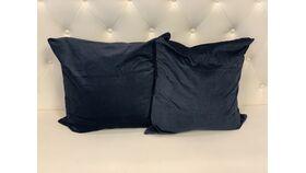 Image of a *Midnight Navy Velvet Pillow Set