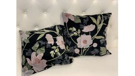 Image of a *Moody Floral Velvet Pillow Set